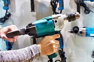 Hammer Drill vs Traditional Power Drill